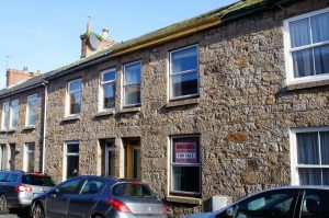 2 bed terraced cottage