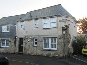 Spacious ground floor 1 bed flat in central Penzance.